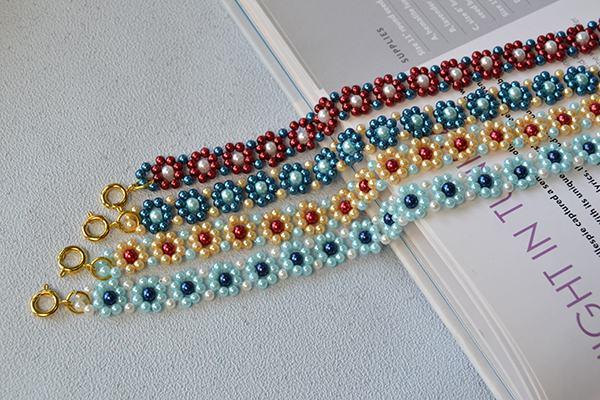 Một vài mẫu vòng tay hoa hạt ngọc trai nhiều màu