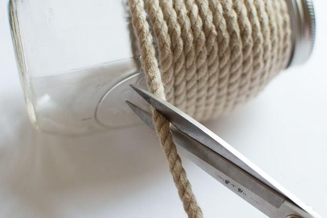 Lưu ý khi kết thúc thao tác quấn dây thừng cho lọ thuỷ tinh (Nguồn: Internet)