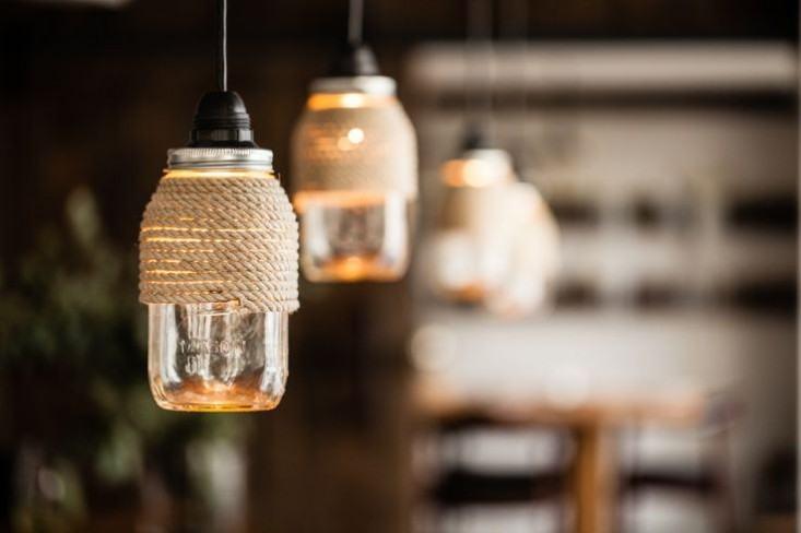 Thành phẩm đèn treo handmade sau khi được thắp sáng (Nguồn: Internet)
