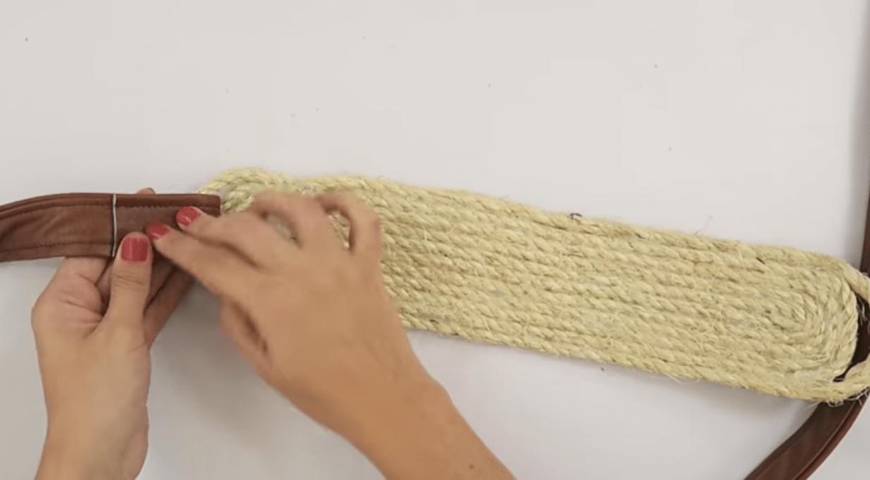 Các thao tác làm quai đeo túi xách handmade (Nguồn: Internet)
