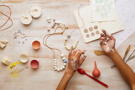 Phân biệt các thuật ngữ Handmade, Homemade và DIY sẽ giúp bạn có thêm nhiều kiến thức bổ ích (Nguồn: Internet)