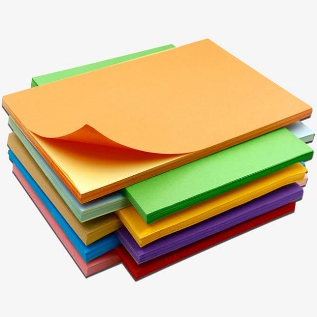 Giấy màu là nguyên liệu quen thuộc với những ai ưa thích handmade (Nguồn: Internet)