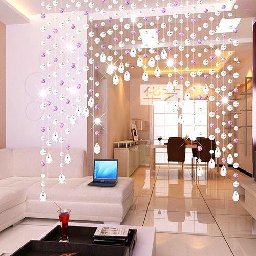 Rèm pha lê trang trí tại không gian phòng khách trong các gia đình (Nguồn: Internet)