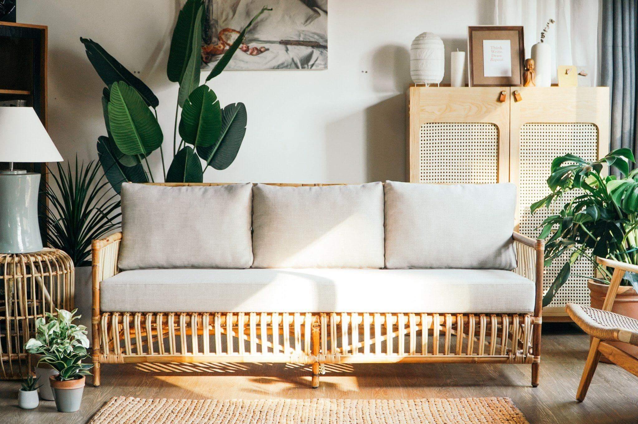 Chúng ta không nên tự làm quá nhiều đồ nội thất handmade giảm thiểu tối đa rủi ro hỏng hóc, lãng phí nguyên liệu (Nguồn: Internet)