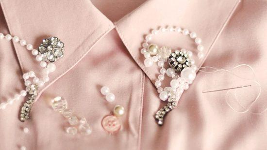 Đính hạt bẹt lên cổ áo sơ mi (Nguồn: Internet)
