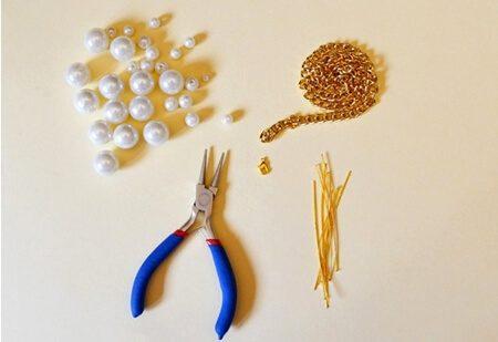 Những nguyên liệu, dụng cụ làm vòng cổ hạt ngọc (Nguồn: Internet)